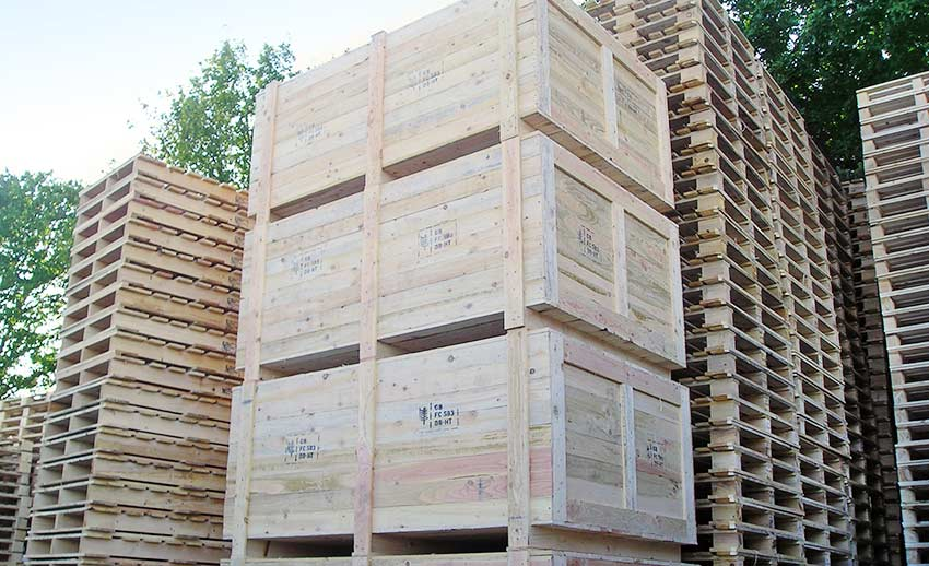 closed boarded packing cases and crates